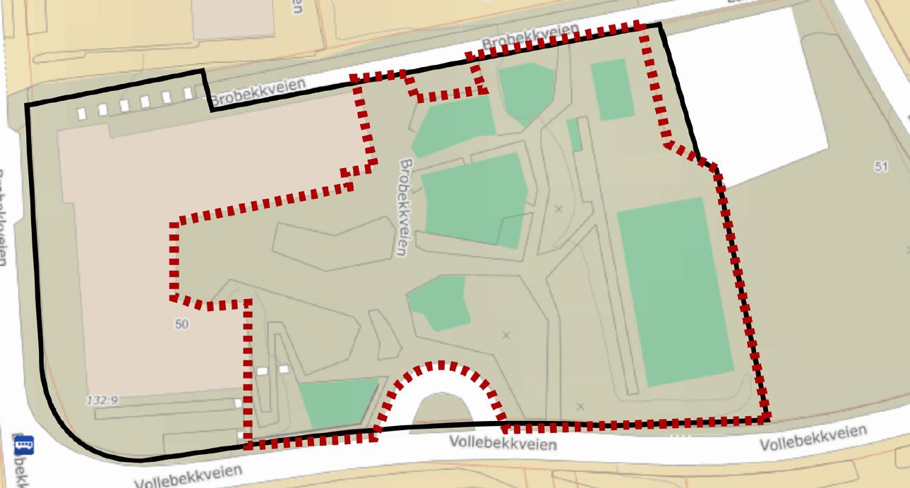 Kart med tomt og uteområde for en skole inntegnet